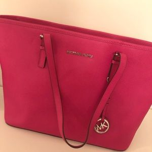 Michael Kors Large Tote - Bright Pink
